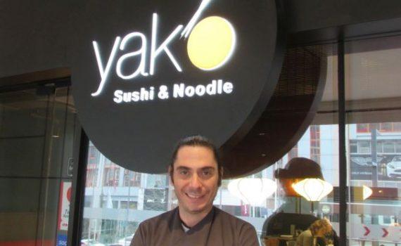 Japon mutfağına alıştırıyor